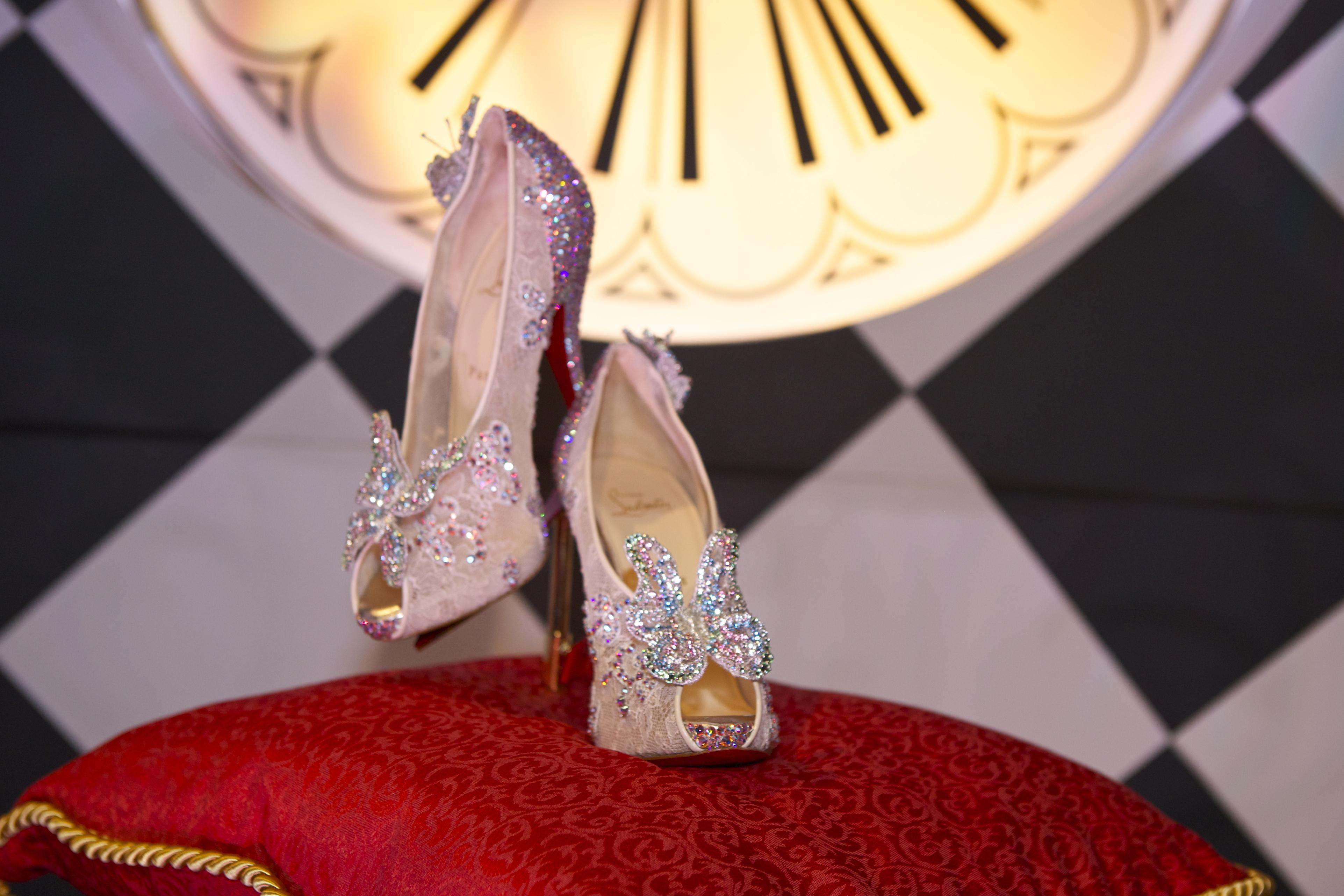 louboutin chaussures de cendrillon